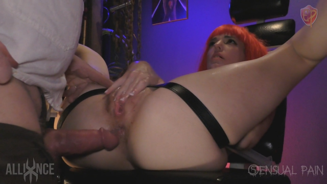 BG Anal Sex Blowjob Strapon Dungeon Porn video from Abigail Dupree