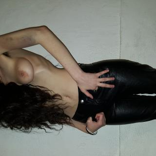 leather pants and bruises photo gallery by Angelenby T.