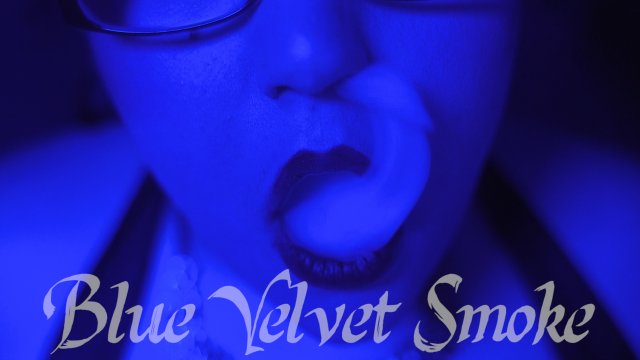 Blue Velvet Smoke video by CricketRose