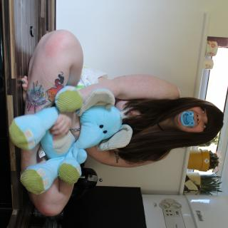 Cheeky Diaper Girl photo gallery by Sophie Green