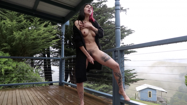 Vlogsturbation 6 - Making it rain video from Eli Skye
