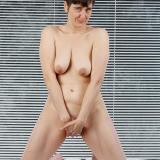 Naked photo gallery by GermanHotMilf
