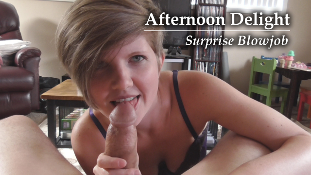 Lunch Break Blowjob and Cumshot video from HousewifeGinger