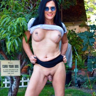 Outdoor Naughtiness photo gallery by Jacquie Blu