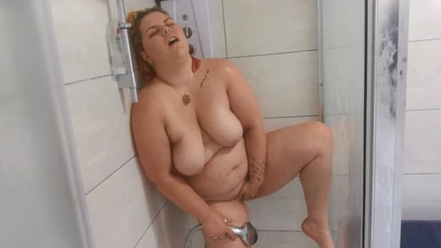 See How Wet You Make Me? Shower Tease video from Mx Luna