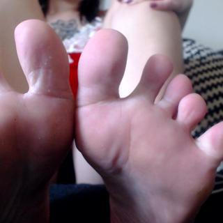 Foot/sole worship photo gallery by Goddess Jade