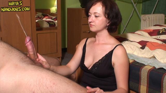 Скачать дрочит мужу порно видео