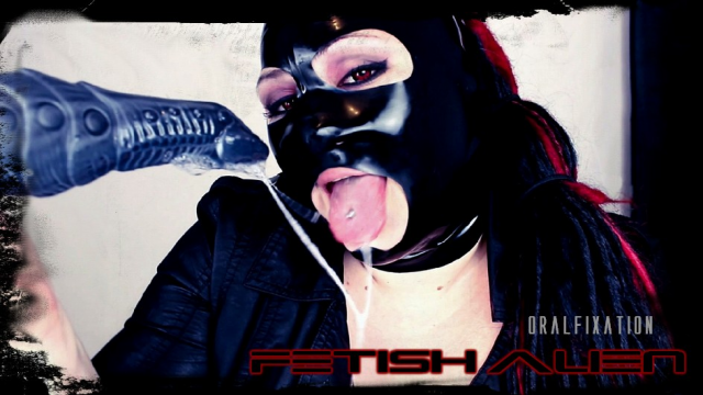 Fetish Alien - Oral Fixation video from Mina Demonic