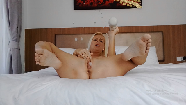 NEW Naked Hitachi Squirting video by MissAnja