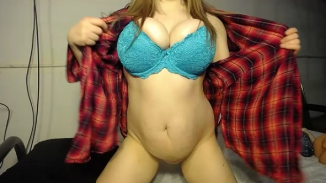 Amateur Porn Video : Ex GF Convinces you to cheat