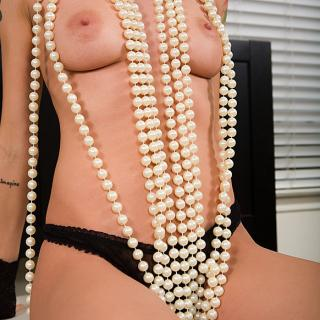 Pearl Necklace photo gallery by Mrs Mischief