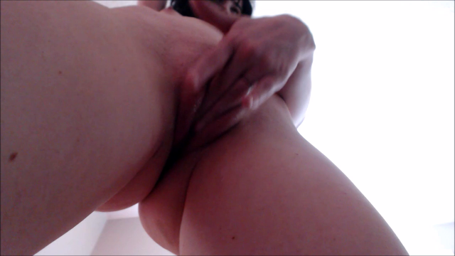 POV & Up-Close Fingering video from Abi