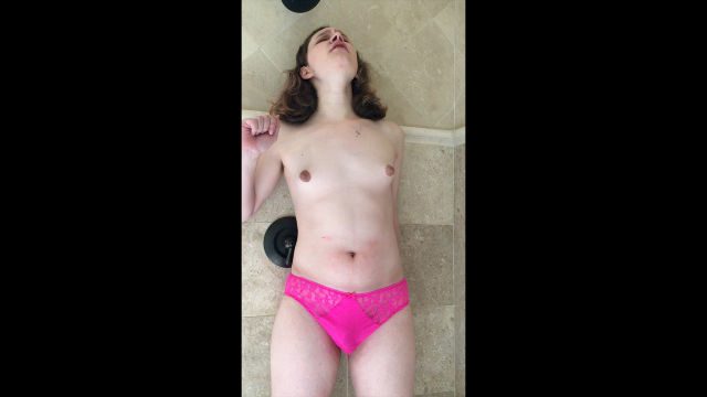 Impromptu Panty Pissing video from Tai Crimson