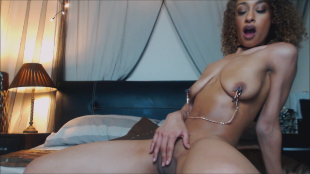 Nipple Clamps & Foxtail Buttplug Cum video from Vixi Vee