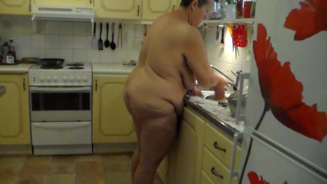 Jen does the Dishes all Naked video from WorldOfJen